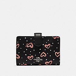 COACH 91599 Medium Corner Zip Wallet With Crayon Hearts Print SV/BLACK PINK MULTI