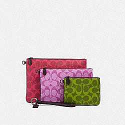 COACH 91667 Pouch Trio In Blocked Signature Canvas QB/MAGENTA MULTI