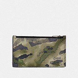 COACH 91694 Zip Card Case With Watercolor Script Print QB/GREEN