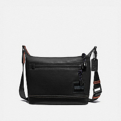 COACH 91761 Pacer Messenger 25 With Coach Patch JI/BLACK