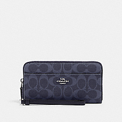 COACH 91828 Accordion Zip Wallet In Signature Canvas SV/DENIM MIDNIGHT