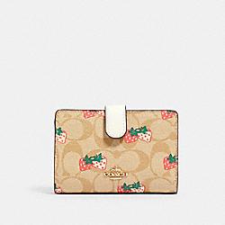 COACH 91836 Medium Corner Zip Wallet In Signature Canvas With Strawberry Print IM/KHAKI MULTI