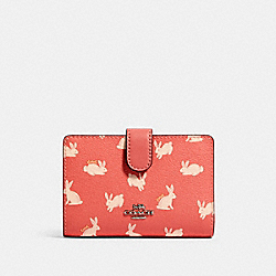 COACH 91837 Medium Corner Zip Wallet With Bunny Script Print SV/BRIGHT CORAL