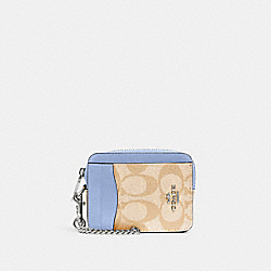 ZIP CARD CASE IN SIGNATURE CANVAS - SV/LIGHT KHAKI PERIWINKLE - COACH C0058