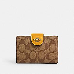 COACH C0082 Medium Corner Zip Wallet In Signature Canvas QB/KHAKI/OCHRE