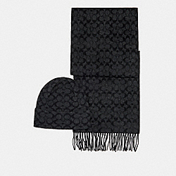 COACH C0647 - SIGNATURE SCARF AND HAT SET BLACK SIGNATURE