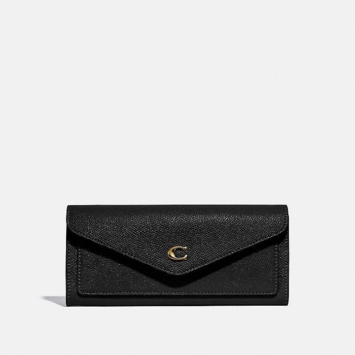 クリスマスプレゼントにおすすめなお財布はコーチのウィンソフトウォレットです