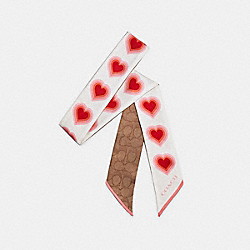 SIGNATURE 70'S HEART PRINT SILK SKINNY SCARF - CHALK/PINK - COACH C2493