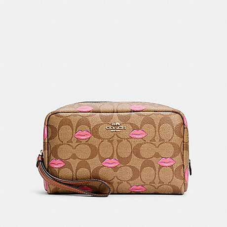 COACH BOXY COSMETIC CASE IN SIGNATURE CANVAS WITH LIPS PRINT - IM/KHAKI REDWOOD - C2930