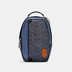 EDGE PACK IN COLORBLOCK SIGNATURE CANVAS - QB/DENIM BLUE MIST - COACH C2962