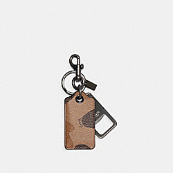 BOTTLE OPENER KEY FOB WITH CAMO PRINT - QB/SADDLE BLACK - COACH C3208
