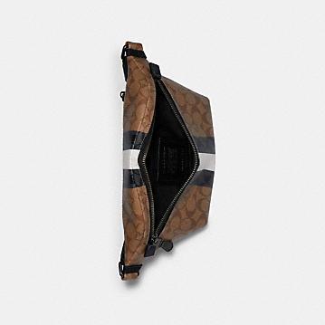コーチ公式アウトレット | *グレード ベルト バッグ シグネチャー キャンバス ウィズ ヴァーシティ ストライプ | バッグ
