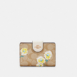 COACH C3375 - MEDIUM CORNER ZIP WALLET IN SIGNATURE CANVAS WITH DAISY PRINT IM/LIGHT KHAKI CHALK MULTI