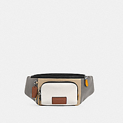 TRACK BELT BAG IN COLORBLOCK - QB/CHALK LIGHT GRAVEL - COACH C4022