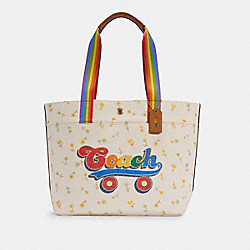 TOTE WITH RAINBOW ROLLER SKATE GRAPHIC - C4099 - IM/CHALK MULTI