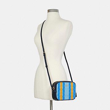 コーチ公式アウトレット | ミニ カメラ バッグ シグネチャー ジャカード ウィズ ストライプ | ミニバッグ/ボディバッグ/ベルトバッグ