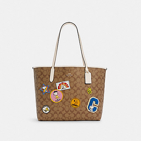 COACH C4292 COACH X PEANUTS CITY TOTE IN SIGNATURE CANVAS WITH VARSITY PATCHES IM/KHAKI MULTI