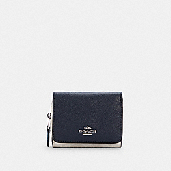 SMALL TRIFOLD WALLET IN COLORBLOCK SIGNATURE CANVAS - C4527 - SV/WATERFALL MIDNIGHT MULTI