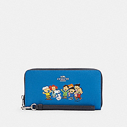 COACH X PEANUTS LONG ZIP AROUND WALLET WITH SNOOPY AND FRIENDS - C4603 - SV/VIVID BLUE