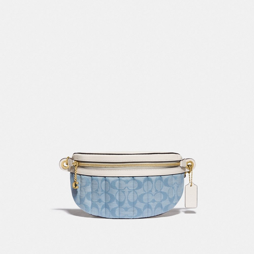 CHAIN BELT BAG IN SIGNATURE CHAMBRAY WITH QUILTING
