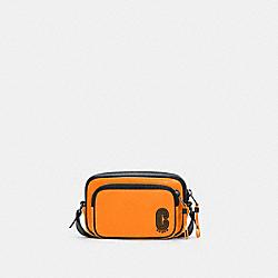 MINI EDGE DOUBLE POUCH CROSSBODY - C5463 - QB/FLUO ORANGE