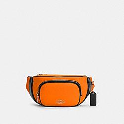 COURT BELT BAG IN COLORBLOCK - C6077 - IM/FLUORESCENT ORANGE