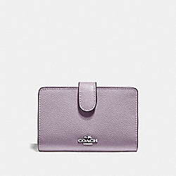 MEDIUM CORNER ZIP WALLET - F11484 - JASMINE/SILVER