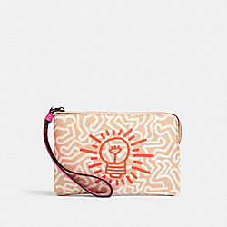 COACH F11831 - KEITH HARING CORNER ZIP WRISTLET WITH GRAPHIC PRINT QB/NUDE PINK FUCHSIA