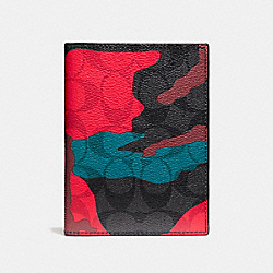 PASSPORT CASE IN SIGNATURE CAMO COATED CANVAS - f12009 - CHARCOAL/RED CAMO