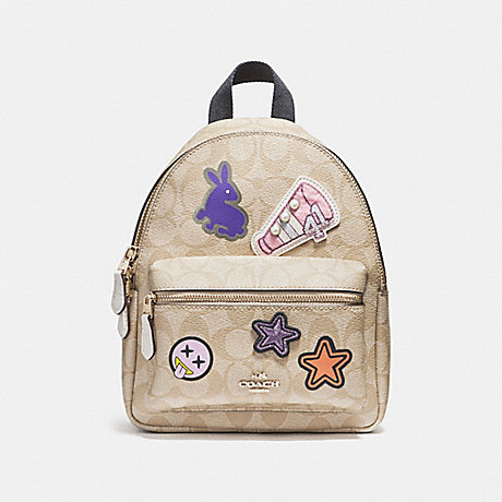 COACH f20909 MINI CHARLIE BACKPACK IN SIGNATURE COATED CANVAS WITH VARSITY PATCHES LIGHT GOLD/LIGHT KHAKI