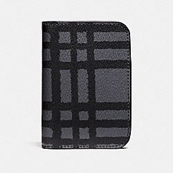 COACH GROOMING KIT WITH WILD PLAID PRINT - GRAPHITE/BLACK PLAID - F22536