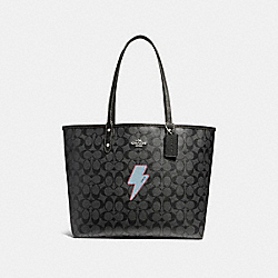REVERSIBLE CITY TOTE WITH LIGHTNING BOLT MOTIF - f22552 - SILVER/BLACK SMOKE