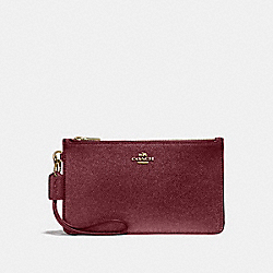COACH F23223 Crosby Clutch LIGHT GOLD/METALLIC CHERRY