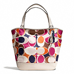 COACH F23299 - PARK HAND DRAWN SCARF PRINT NORTH/SOUTH TOTE ONE-COLOR