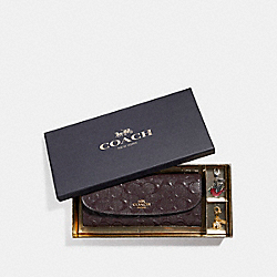 COACH F23397 Boxed Soft Wallet With Charms LIGHT GOLD/OXBLOOD 1