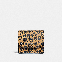 COACH F23440 Small Wallet With Wild Heart Print LIGHT GOLD/NATURAL MULTI