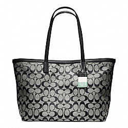 COACH F23465 Weekend Signature C Medium Zip Top Tote