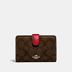COACH F23553 Medium Corner Zip Wallet In Signature Canvas BROWN/RUBY/IMITATION GOLD