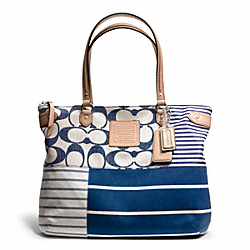 COACH F23967 - DAISY PATCHWORK EMMA TOTE ONE-COLOR