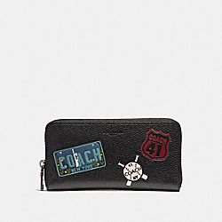 ACCORDION WALLET WITH MOTIF MIXED PATCHES - f24657 - BLACK