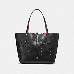 MARKET TOTE WITH CUT OUT TEA ROSE - F25195 - BLACK MULTI/DARK GUNMETAL