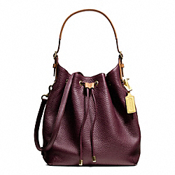 COACH F25306 - SOFT DRAWSTRING SHOULDER BAG IN PEBBLED LEATHER BRASS/EGGPLANT