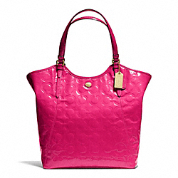 PEYTON OP ART EMBOSSED PATENT TOTE - f25703 - BRASS/POMEGRANATE