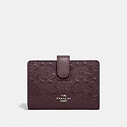 COACH F25937 - MEDIUM CORNER ZIP WALLET IN SIGNATURE LEATHER OXBLOOD 1/LIGHT GOLD
