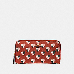 ACCORDION ZIP WALLET WITH CHECKER HEART PRINT - f25962 - TERRACOTTA MULTI/LIGHT GOLD