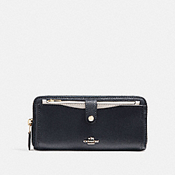 COACH F25967 Multifunction Wallet In Colorblock MIDNIGHT/CHALK/LIGHT GOLD