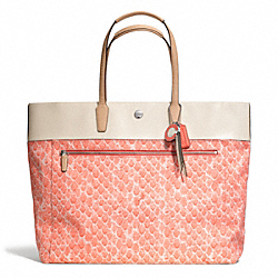 COACH F26129 - RESORT SNAKE PRINT LARGE TOTE ONE-COLOR