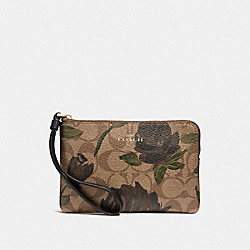 COACH F26291 Corner Zip Wristlet With Camo Rose Floral Print LIGHT GOLD/KHAKI