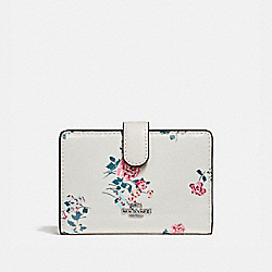 COACH F26810 - MEDIUM CORNER ZIP WALLET WITH CROSS STITCH FLORAL PRINT SILVER/CHALK MULTI
