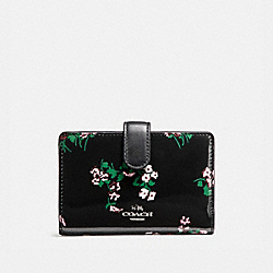 MEDIUM CORNER ZIP WALLET WITH CROSS STITCH FLORAL PRINT - f26810 - SILVER/BLACK MULTI
